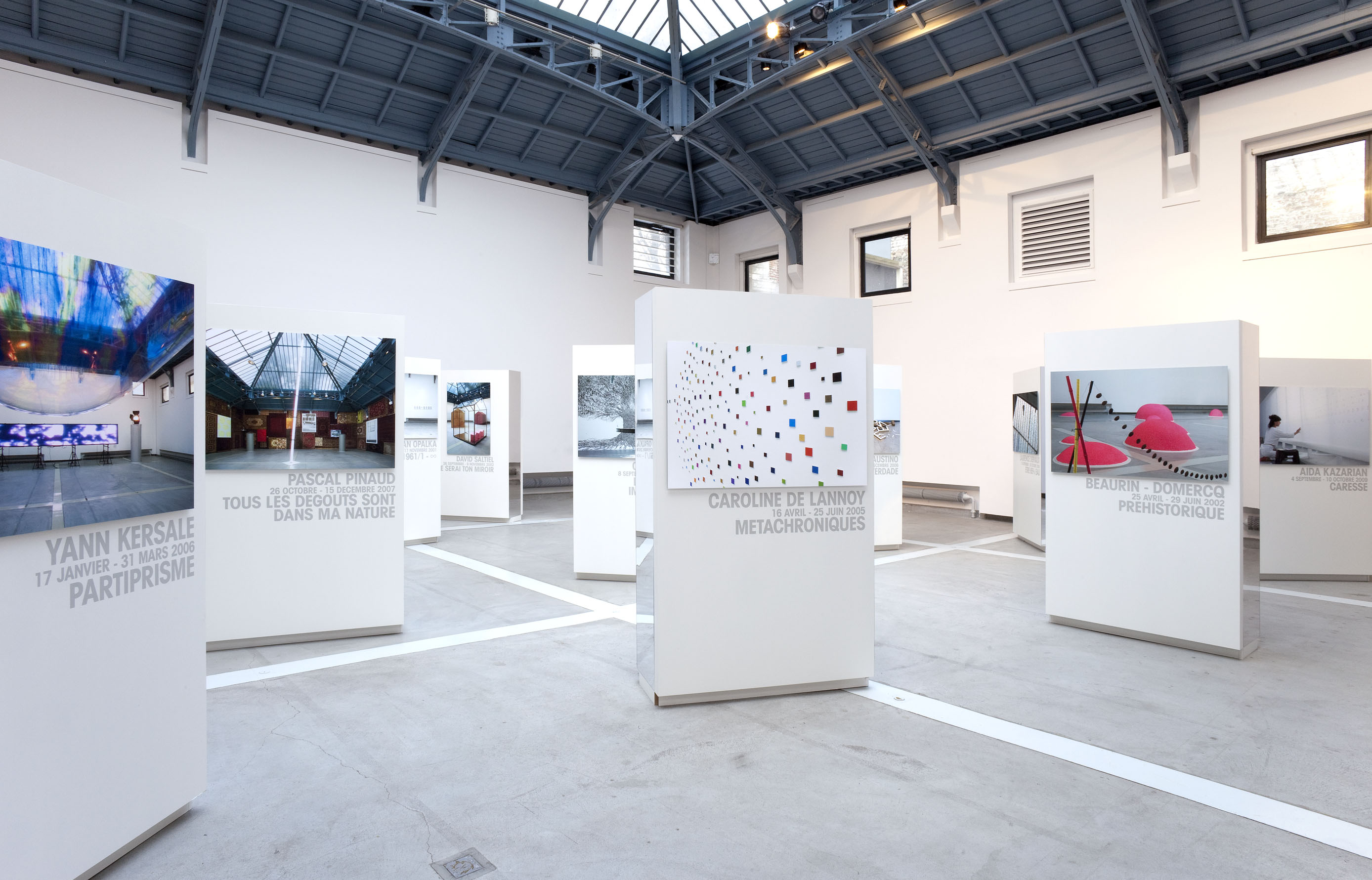 2000-2010 : 10 ans d'expositions à La Verrière, Fondation d'entreprise Hermès à Bruxelles, organisées par Alice Morgaine